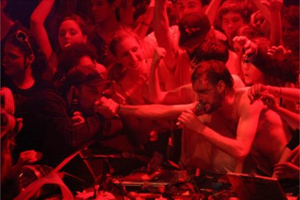 RiP: A remix manifesto > Brett Gaylor