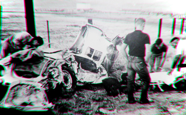 james_dean_crash_01