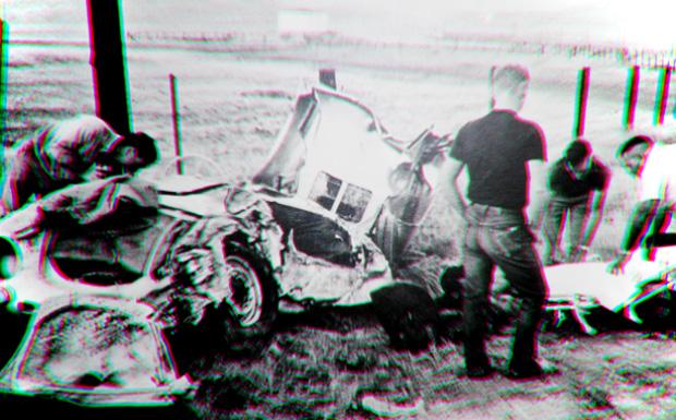 james_dean_crash_01