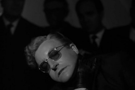Dr. Strangelove or: How I Learned to Stop Worrying and Love the Bomb (Il dottor Stranamore – Ovvero: come ho imparato a non preoccuparmi e ad amare la bomba) > Stanley Kubrick