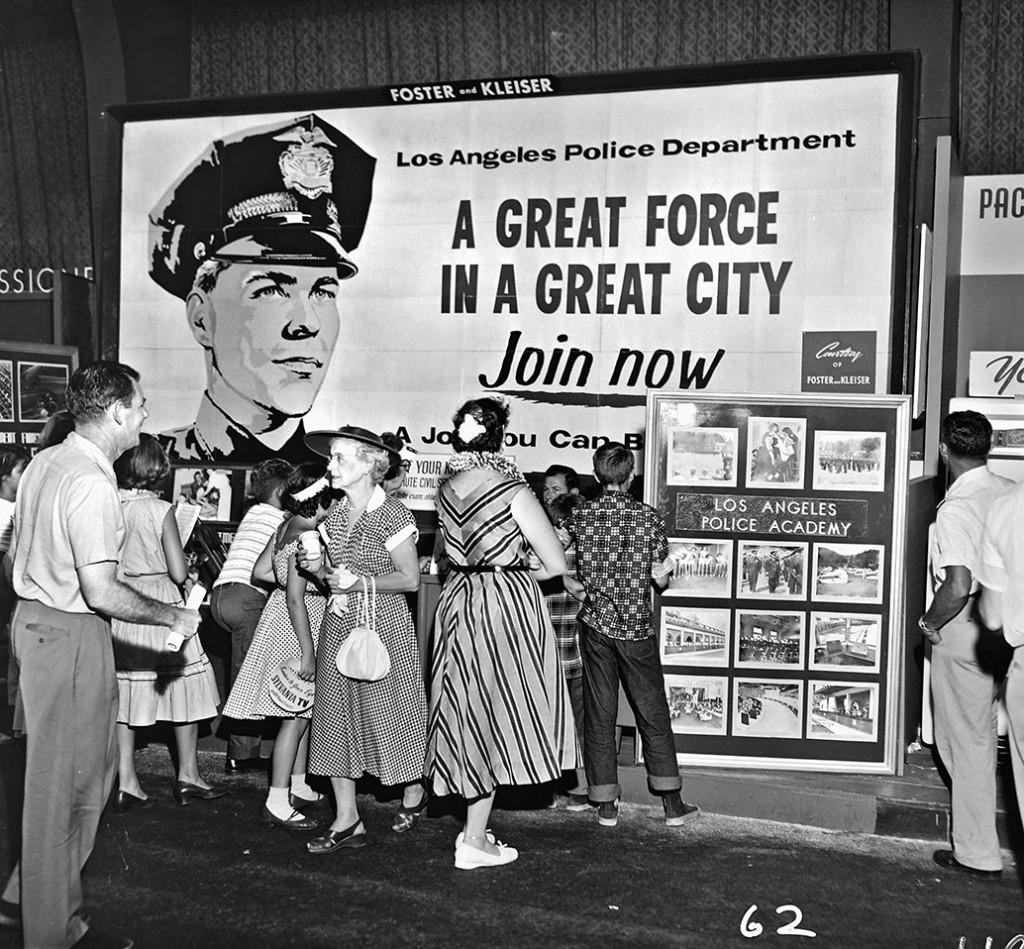 Los Angeles, 1953 © 2015 Los Angeles Police Museum